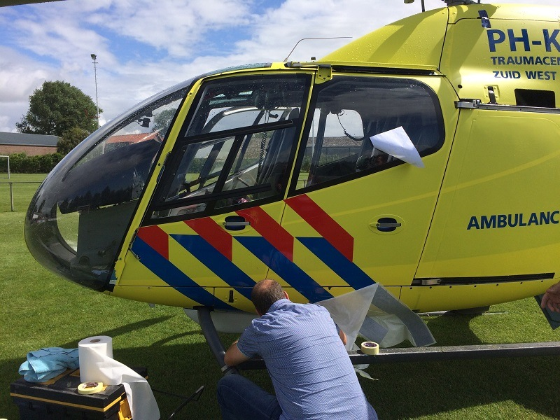 Helikopter wrappen in actie